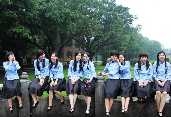如何让毕业照与众不同?拍照创意全攻略学起来! 摄影爱好 第8张
