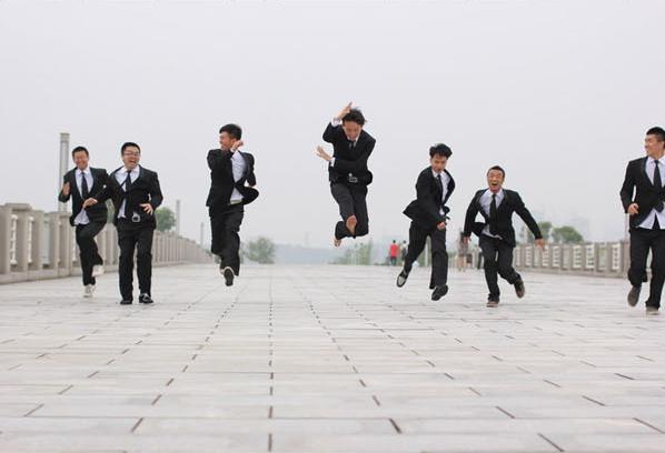 如何让毕业照与众不同?拍照创意全攻略学起来! 摄影爱好 第10张